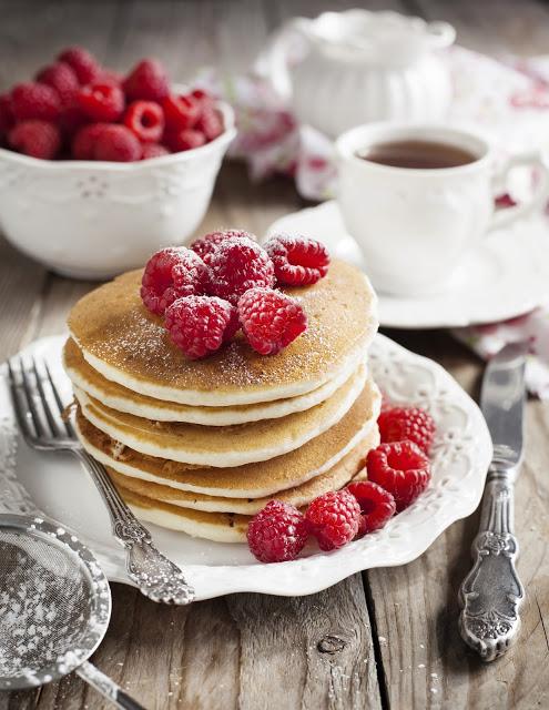 Pancakes di ricotta con lamponi
