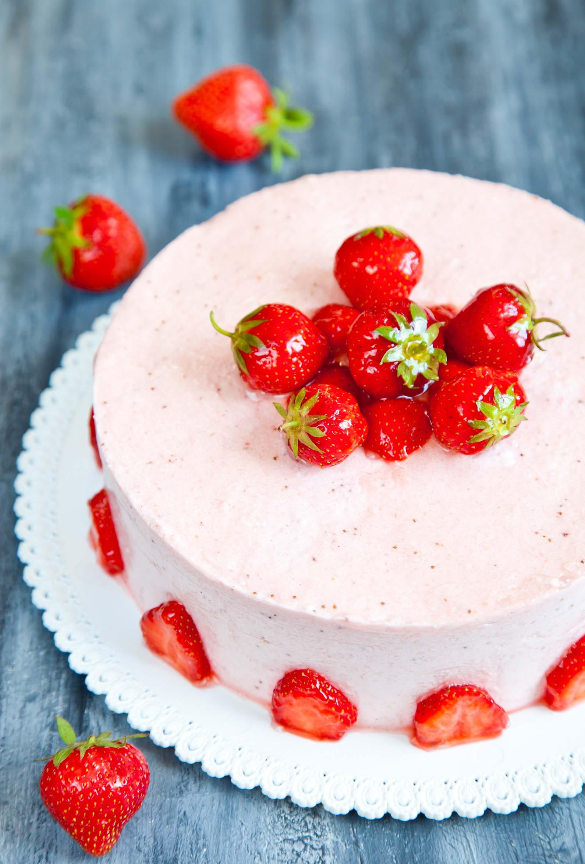 Semifreddo di yogurt alle fragole